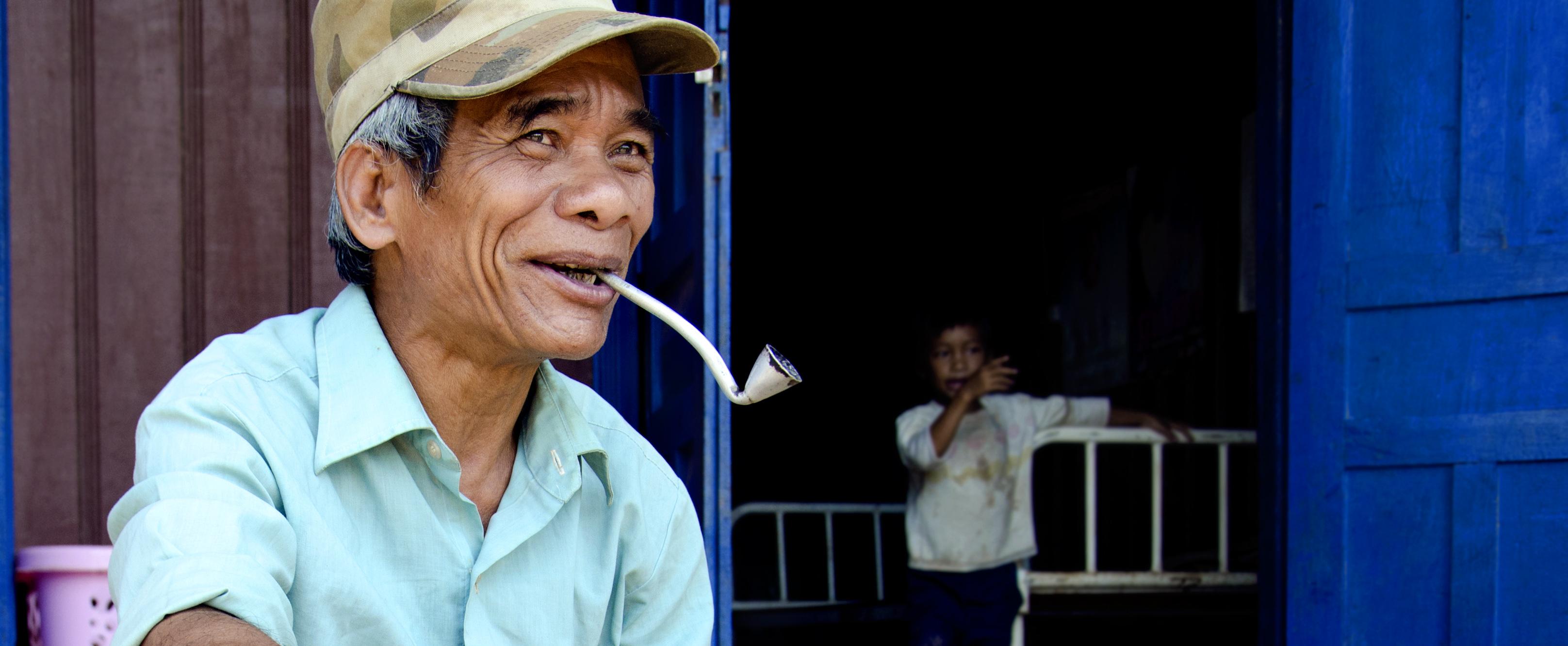 smoking homegrown pipe tobacco